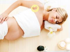 Zwangerschapsmassage op een spannende locatie…