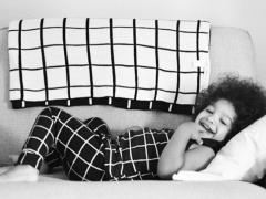 Winnen: Grid deken van Modern Burlap
