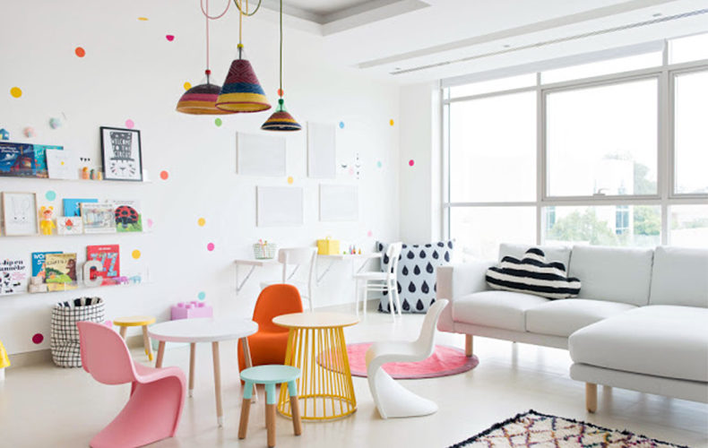 Kicken interieur met kids