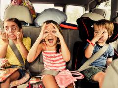 7 spelletjes voor onderweg in de auto