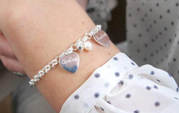 Gepersonaliseerde zilveren sieraden voor bijzondere momenten!