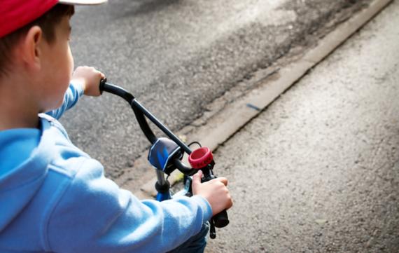 De eerste keer: fietsen op de grote weg